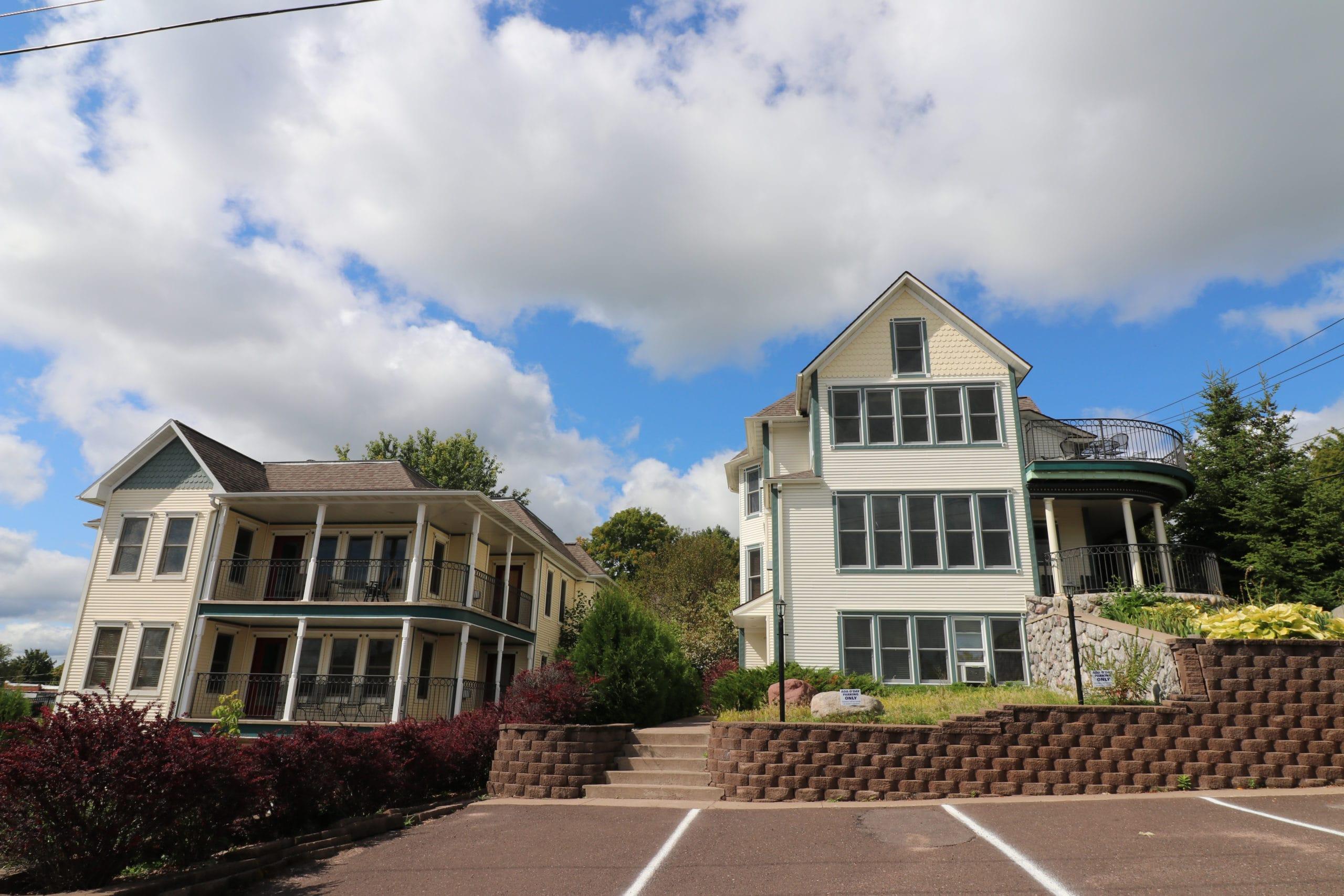 condominiums in bayfield, wi